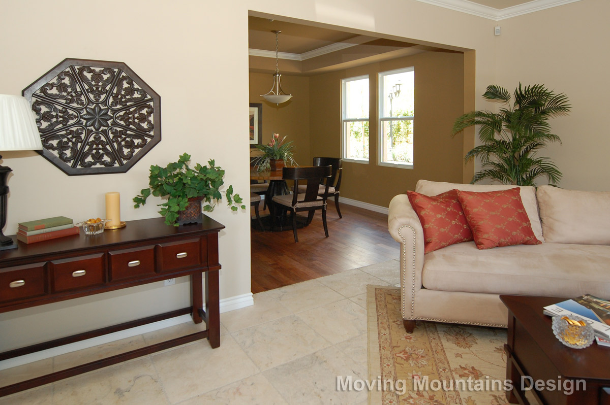 Home staging a pasadena townhome for The family room pasadena