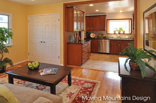 La Crescenta Family Room & Kitchen Home Staging