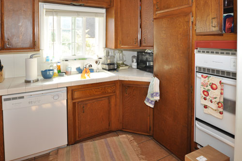 Pasadena Kitchen Before Home Staging Remodel