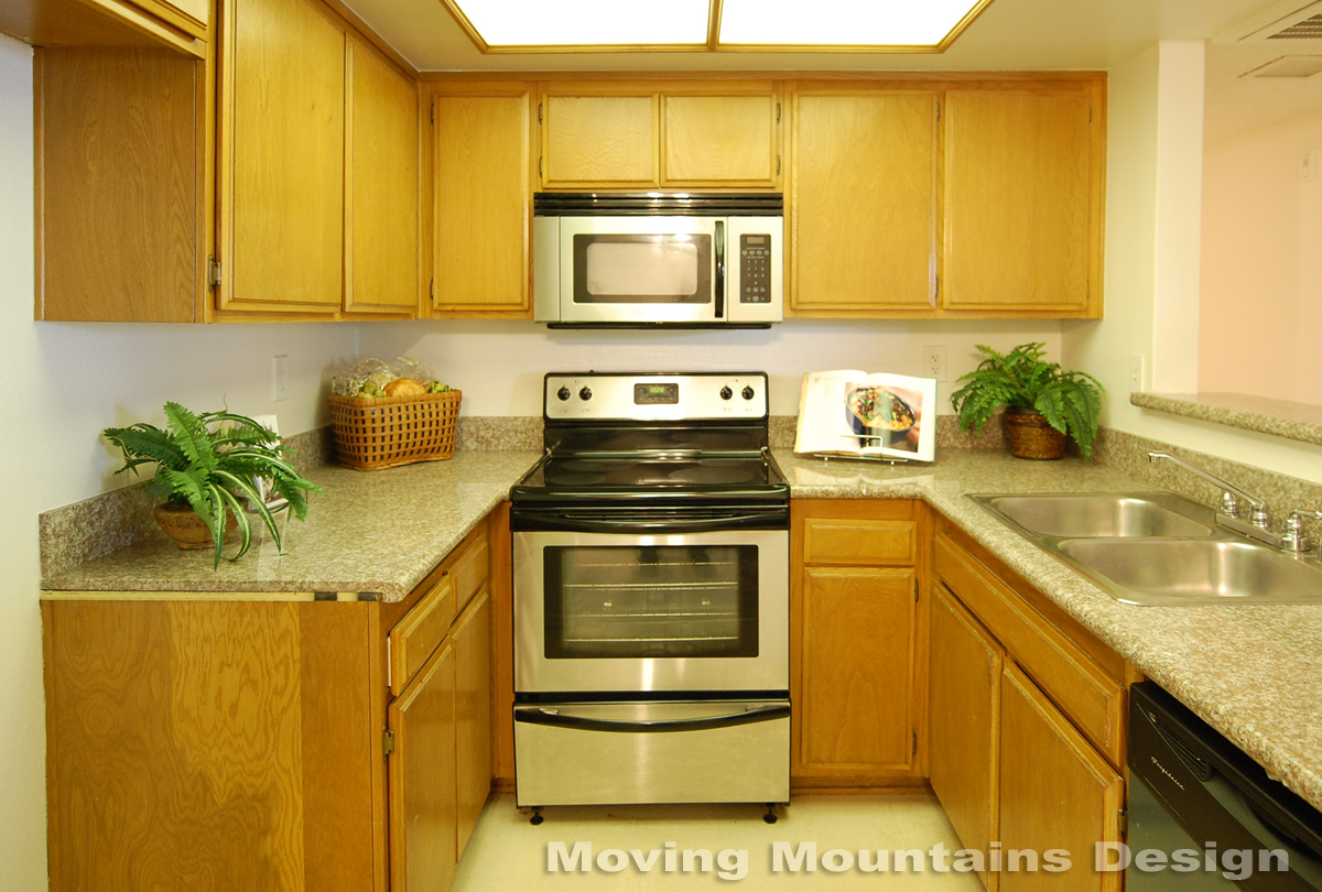 Pasadena condo home staging  kitchen