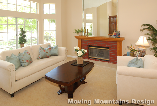 Walnut Home Staging Living Room by Los Angeles home stagers Moving Mountains Design